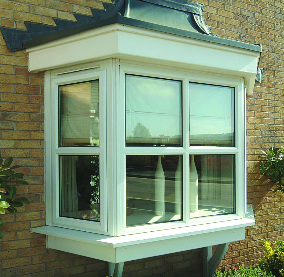Legend Chamfered White Bow window square